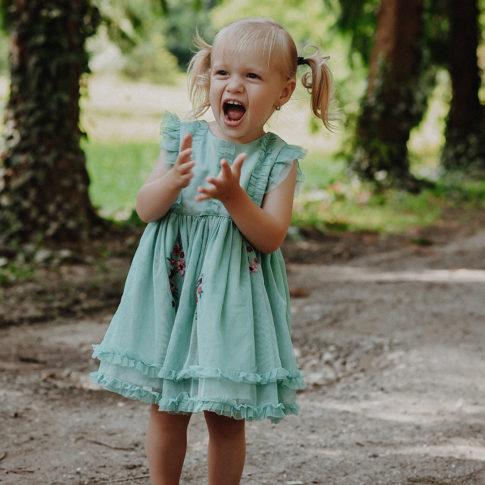 Fotografii de familie, amintiri, fotografii in aer liber, fotografii in parc, fotografii copii Timisoara, fotografi Timisoara, copiliarie, potret, copii,