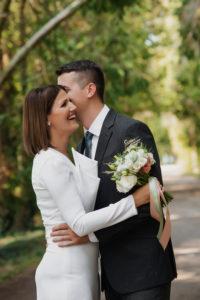 Fotografie profesionista de nunta Timisoara, natural wedding pose